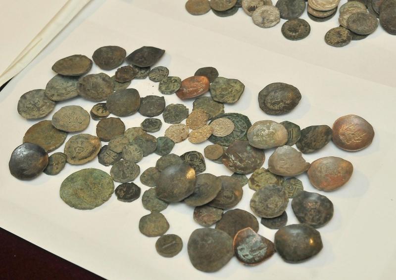 Снимка: Условна присъда получи иманяр, спипан с множество археологически находки във Враца