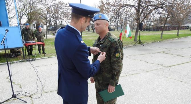 "Капитан Георги Ангелов от 1-ви батальон ""Специални бойни действия"" на"