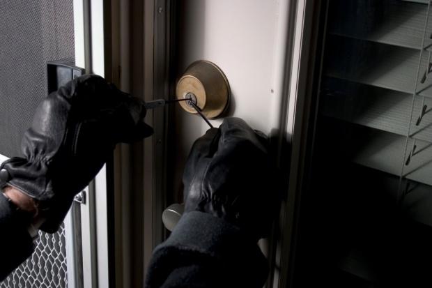 Крадец е разбил и обрал фирмен офис във Видин, съобщиха