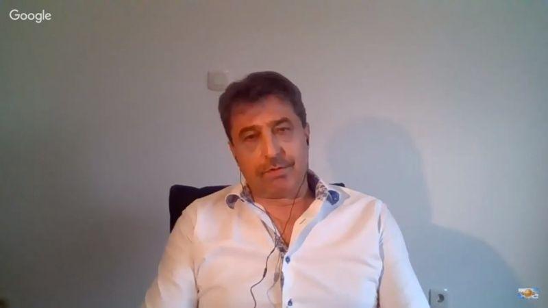 Цветан Василев: Бойко Борисов няма да излезе цял от мъртвата хватка на Пеевски