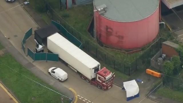 Камионът, в който бяха намерени 39 тела в Лондон, е