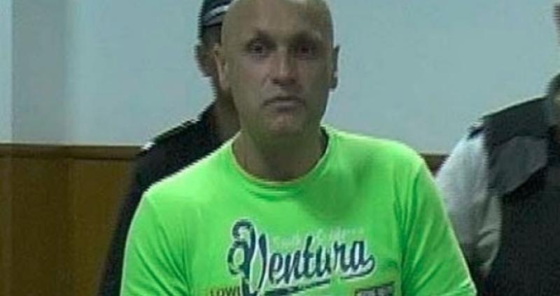 Небезизвестният затворник Бисер Манолов, изтърпяващ доживотно наказание без право на