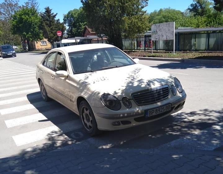"""Шофьор с """"Мерцедес"""" ядоса мездренчани с нагло паркиране, научи агенция"""