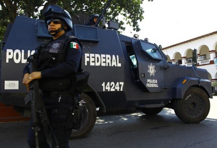 Неизвестни откриха стрелба в популярния мексикански курорт Канкун по време