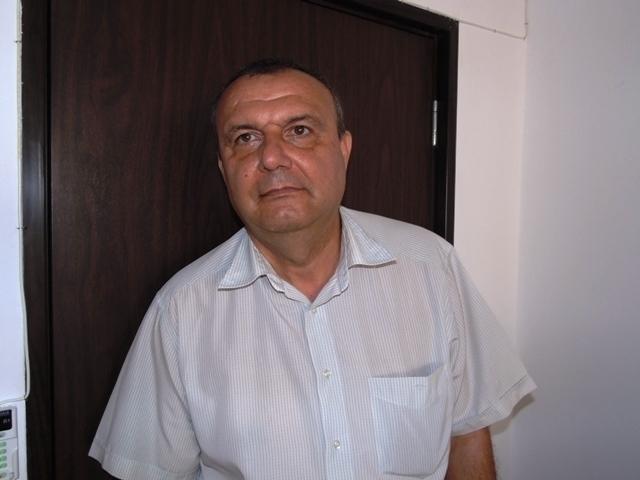 Изгоненият от всички общински предприятия във Враца Илиян Нисторов цъфна