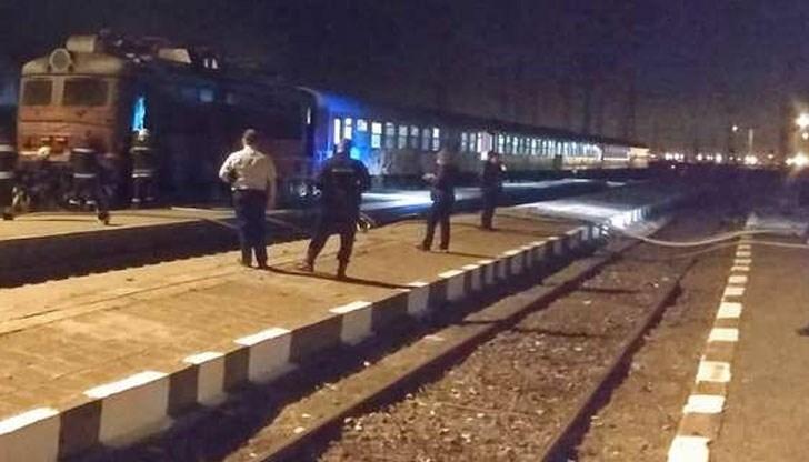 Снимка: Влак помете човек посред нощ, той загина на място