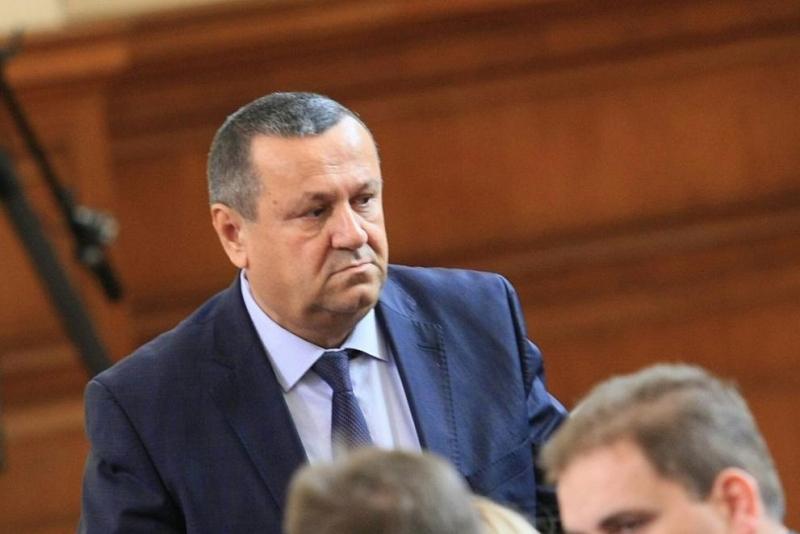 Депутатът от ДПС и председател на социалната комисия в парламента