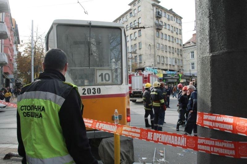 Трамвай блъсна жена в близост до Съдебната палата в столицата.