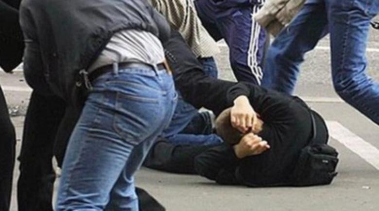 Пияни българи скочиха на бой на циганин в Мездра, има пострадал