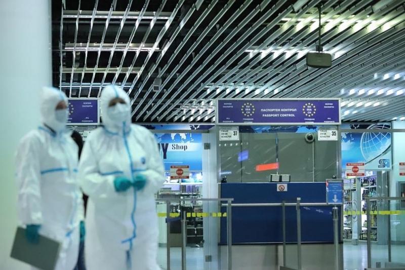 Пътниците, които пристигат или заминават от летището в Солун, както