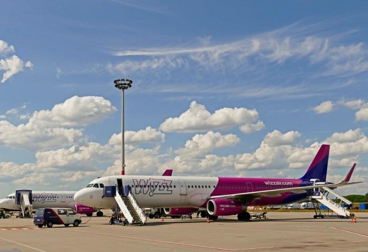 Унгарската нискотарифна авиокомпания Wizz Air намалява броя дестинации, които обслужва