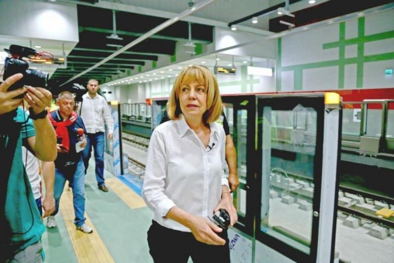 Премиерът Бойко Борисов инспектира третия лъч на метрото в София,