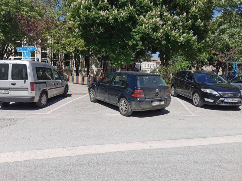 """Голфаджия от Враца е новият призьор в категорията """"най-неграмотен шофьор"""","""