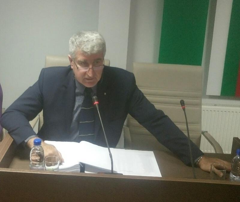 Без председател остава временно Общинският съвет във Враца. Причината е,