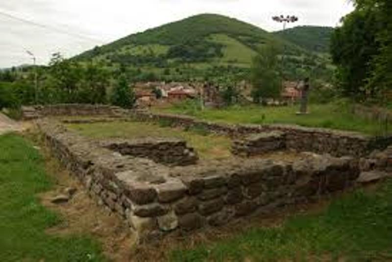 Община Чипровци осигурява 30000 лева за благоустрояване на пространството около