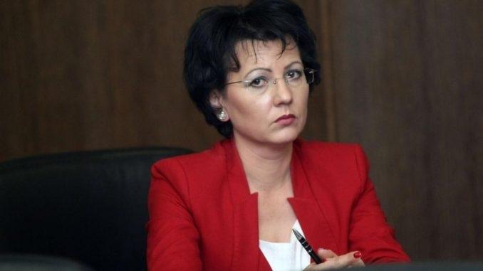 Арнаудова: Охраната от частни фирми в общините може да доведе до разпад на държавността