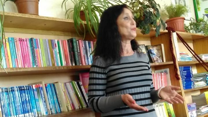 Снимка: Урок за Деня на родилната помощ в мездренската библиотека