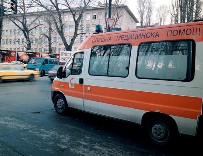 Десетокласникът Иван е в болница, след като в училищен бой