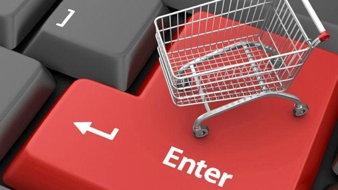 Българите пазаруват онлайн три пъти по-малко от европейците