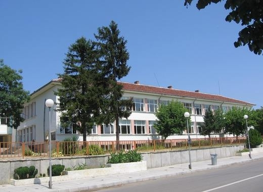 Президентът Румен Радев удостои няколко училища от цялата страна с