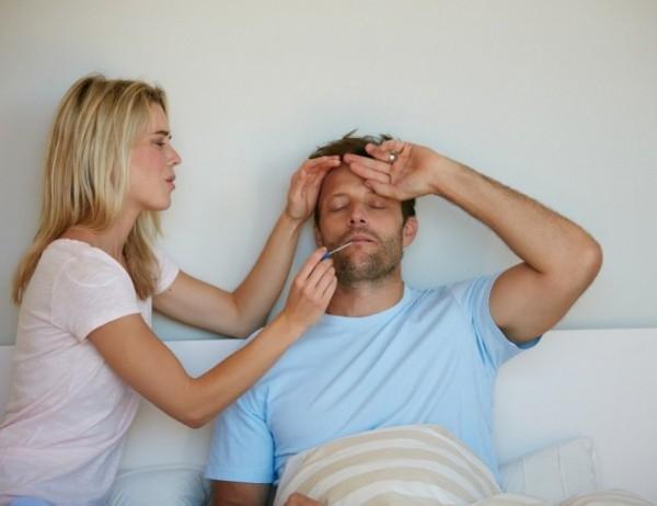 Защо по време на простуда мъжете страдат повече от жените?