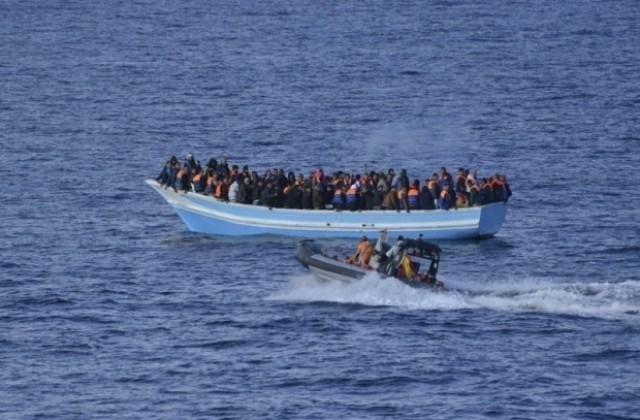 Най-малко 43 мигранти от Западна Африка се удавиха край бреговете