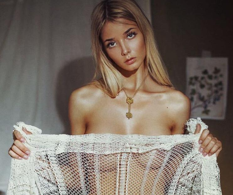 Екатерина Ширяева е русокоса самодива с прекрасни цици /снимки/