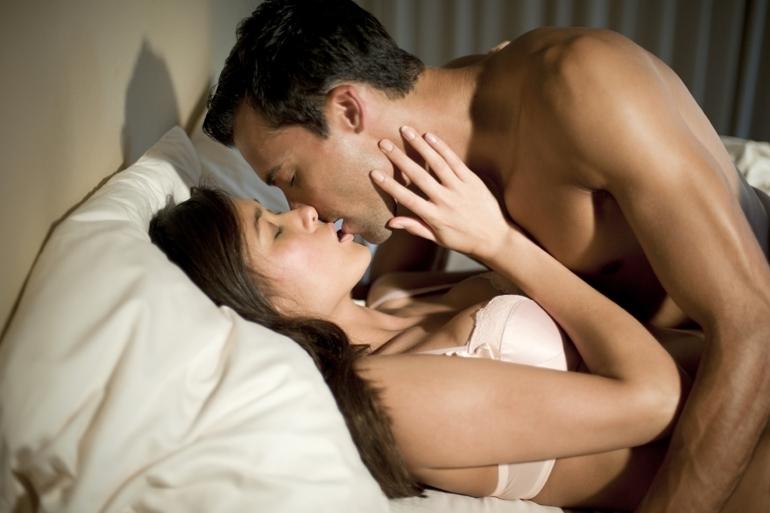 Проучване установи на каква възраст жените искат най-много секс
