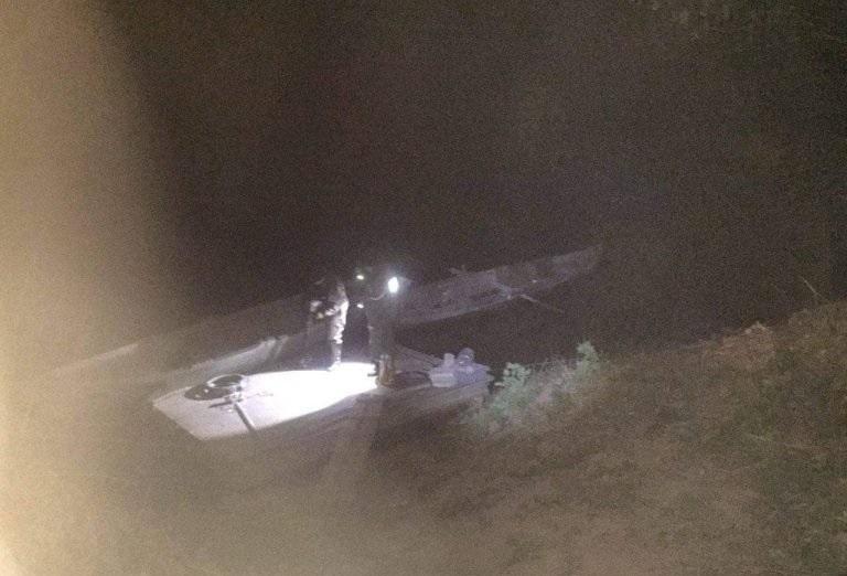 Снимка: Пипнаха бракониер поред нощ в Оряхово, иззеха 22 кила риба /снимки/