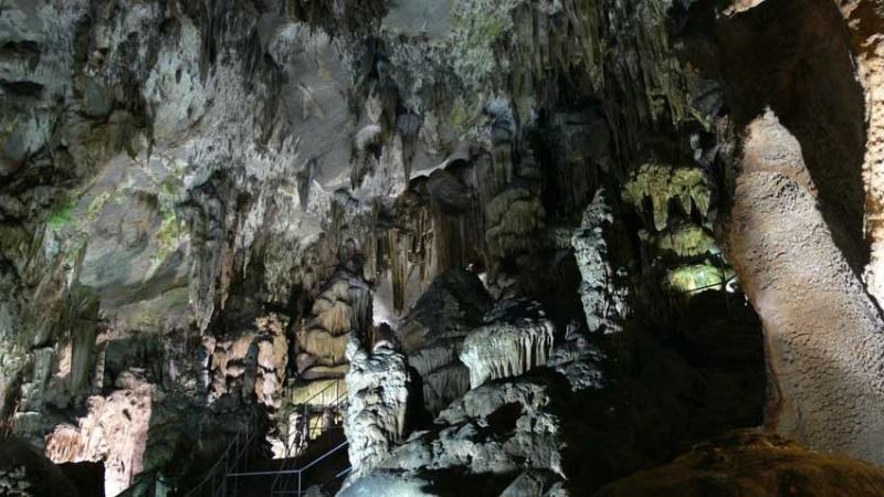 Уникален концерт в пещерата Леденика ще предложат музиканти от Симфониета