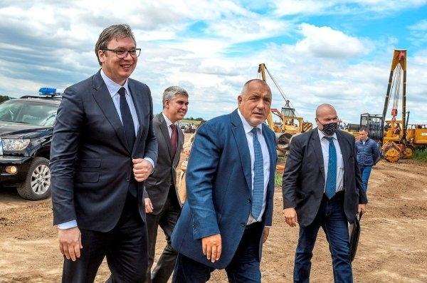 """Френското списание """"Поан"""" публикува днес голям очерк за българския министър-председател"""