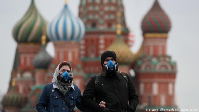 Броят на заразените с COVID-19 в Русия нарасна през изтеклото