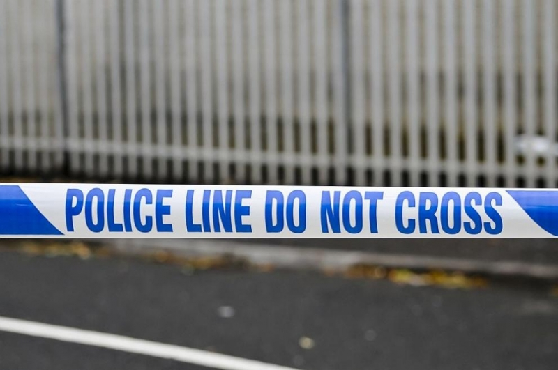 Удариха с граната полицейски автомобил в Белфаст