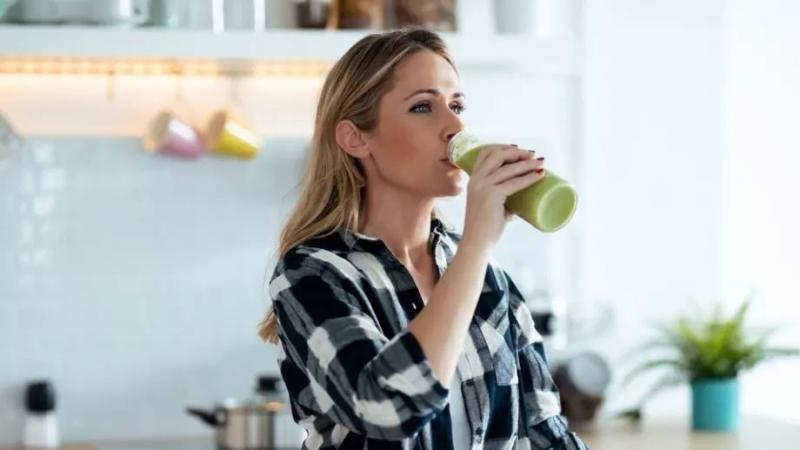 Консумацията на нездравословна храна, алкохол и безалкохолни са само малка