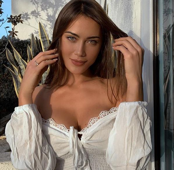 Джорджина Мазео не е жената до Роналдо, но това не