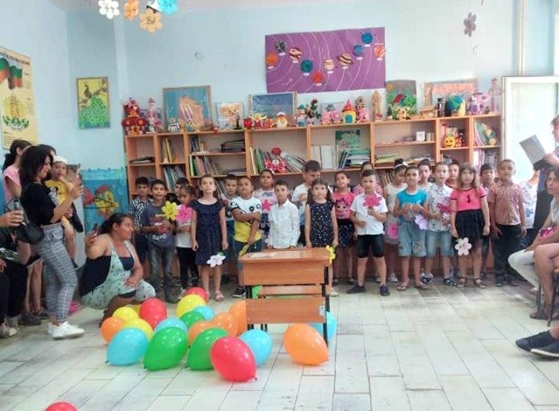 """Днес госпожа Илияна Донкова, изпълняващa длъжността """"кмет на Oбщина Борован"""","""
