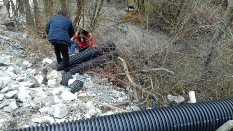 Вторите проби  от незаконната тръба потвърждават високите нива на замърсяване на река Юговска