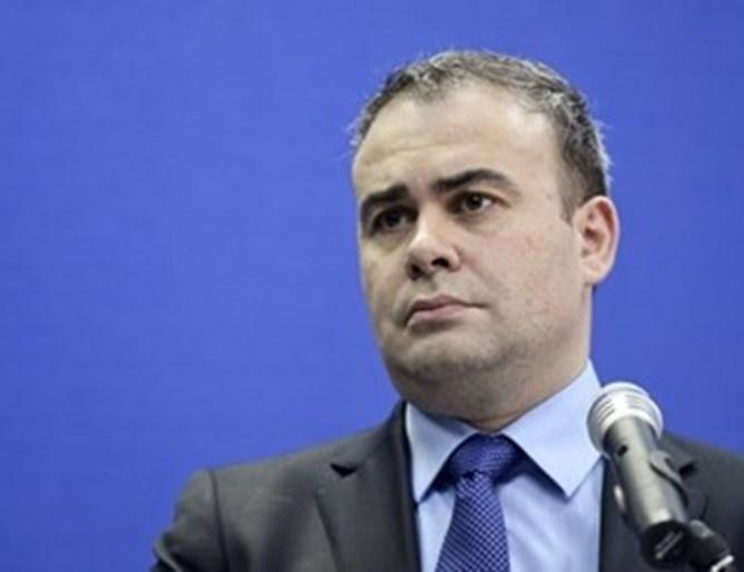 Бившият финансов министър на Румъния Дариус Вълков беше осъден на