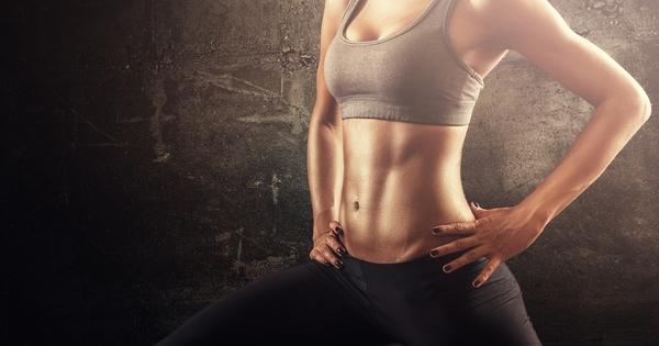 Келси Уелс е фитнес треньор и е доста популярна в