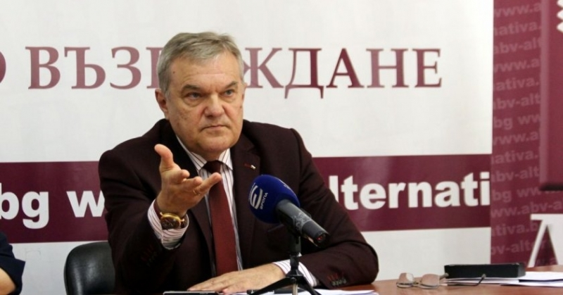 Румен Петков: Две гостенки са снимали премиера