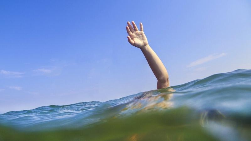Снимка: Ученик се удави в река Янтра край Полски Тръмбеш