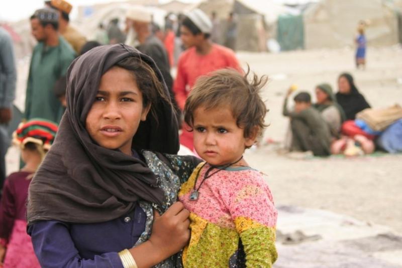 Повече от половината от населението на Афганистан може да се