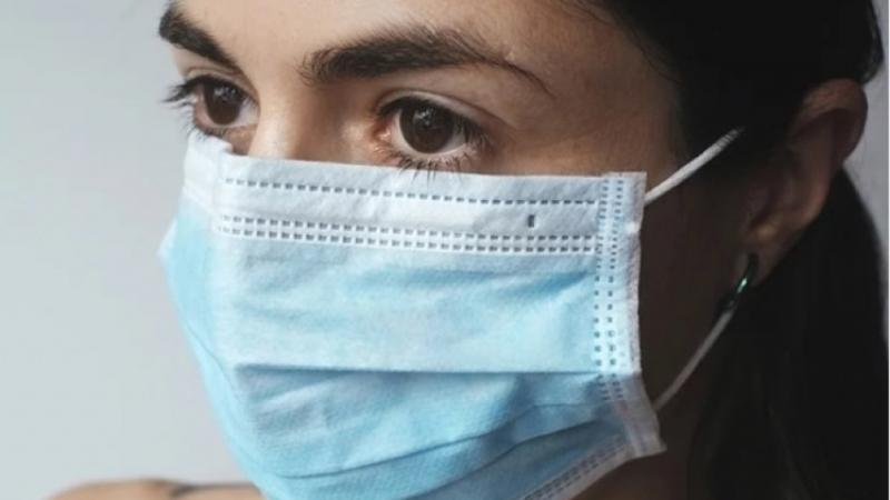 Вчера министърът на здравеопазването издаде заповед за задължително носене на