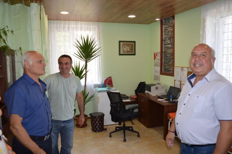 Радостно събитие събра жителите на село Долно Озирово, община Вършец.Открити