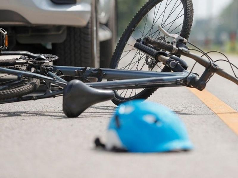 Жена получи амнезия, след като се заби в ТИР с колелото си във видинско село