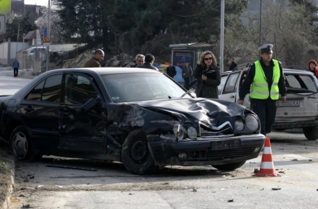 20-годишен младеж загина на място, а трима души бяха ранени