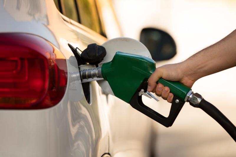 Полицаи от Сливница заловиха 41-годишен мъж, заредил гориво на бензиностанция