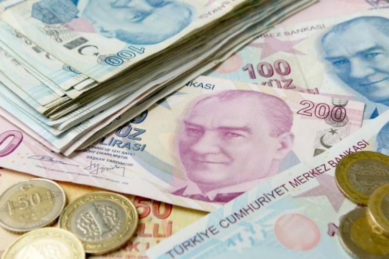 Турската лира в четвъртък удари рекордно ниско ниво спрямо щатския