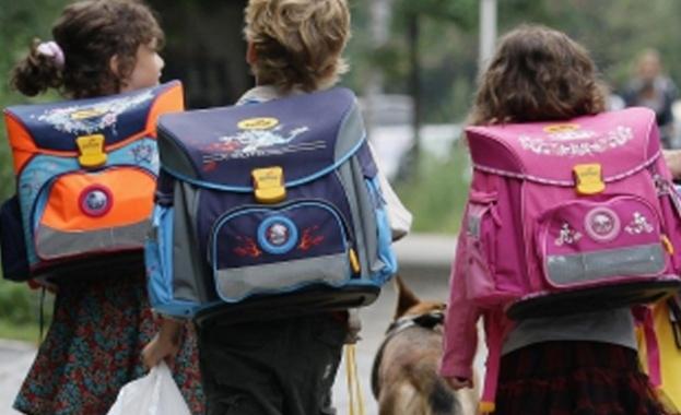 Стремително расте броят на първокласниците, за които българският не е