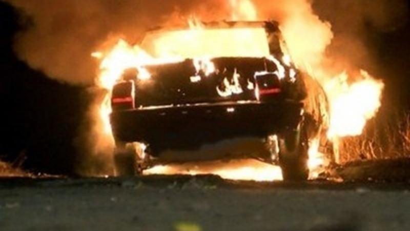 """Лек автомобил """"Мерцедес"""" е горял във видинското село Буковец, съобщиха"""